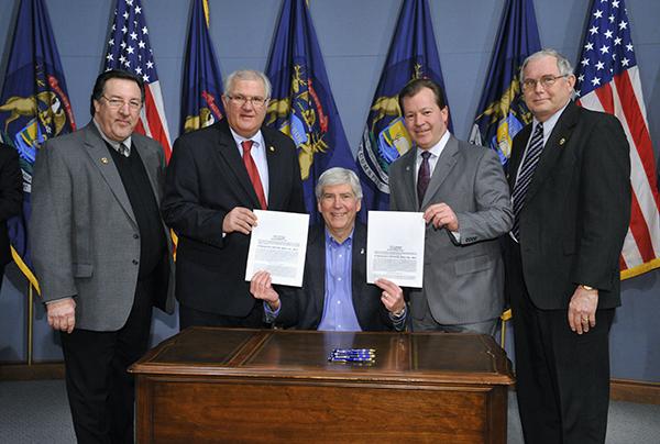 Gov. signs bills for wetland preservation