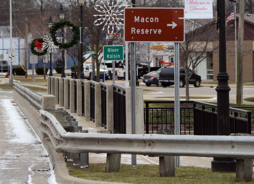 'Macon Reserve' highway signs point visitors to Old Mill