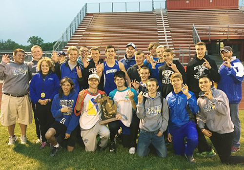 Dundee track teams win Regional titles