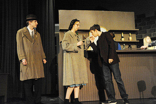 Gumshoes, doll-faces and goons take the stageat Ida High School