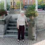 Former resident returns to mark 90th birthday with photo