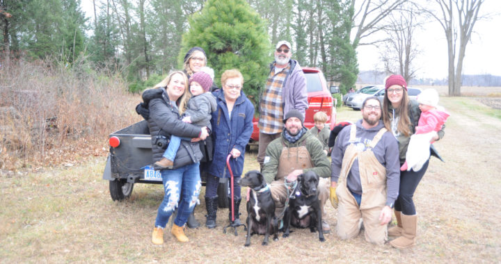 Families flock to Christmas tree farm day after Thanksgiving