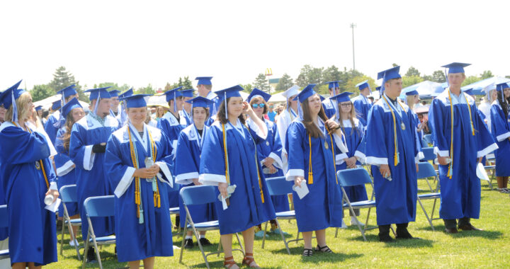 DHS Seniors received scholarships, awards
